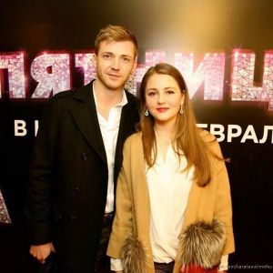 Подробнее: Супруг Анны Михайловской публично признался ей в любви