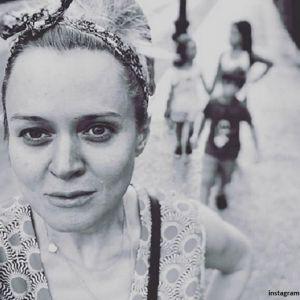 Подробнее: Анна Михалкова впервые поделилась фото подросшей дочери Лиды
