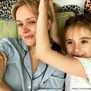 Подробнее: Анна Михалкова рассказала о дочери, которая удивительно похожа на ее сестру