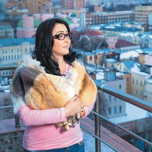 Подробнее: Пластика сказалась на пении Лолиты Милявской