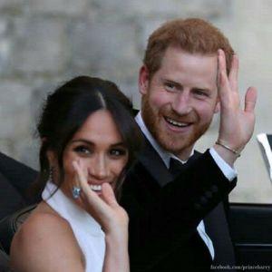 Подробнее: В сети появились официальные семейные снимки со свадьбы принца Гарри