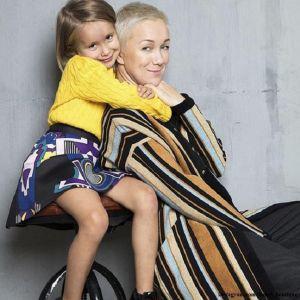 Подробнее: Дарья Мороз показала повзрослевшую дочь и свою маленькую сестру