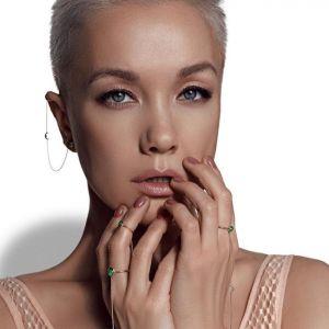 Подробнее: Дарья Мороз показала красивую грудь в прозрачном боди в рекламе своих ювелирных украшений