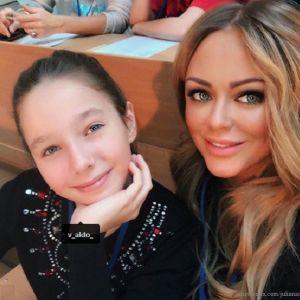 Подробнее: Родным Юлии Началовой пришлось  передвинуть поминки на день раньше ради дочери певицы