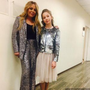 Подробнее: Мама певицы Юлии Началовой показала подросшую красавицу-внучку