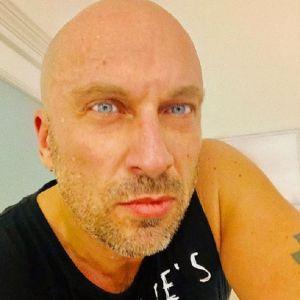 Подробнее: Дмитрий Нагиев снял штаны перед поклонниками