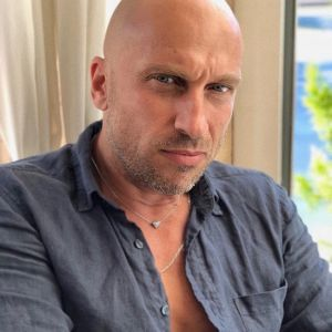 Подробнее: Дмитрий Нагиев показал накаченную фигуру и торчащие ребра на фото с обнаженным торсом