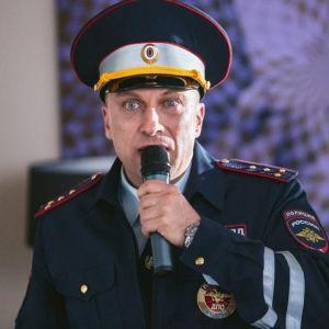 Подробнее: Дмитрий Нагиев два километра нес на руках девушку