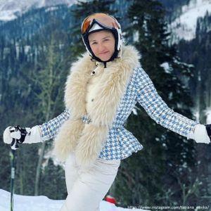 Подробнее: Обнаженная Татьяна Навка искупалась в проруби
