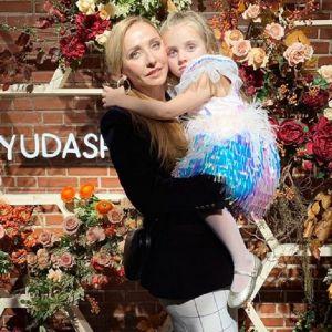 Подробнее: Татьяна Навка показала трогательное фото с мужем и дочкой