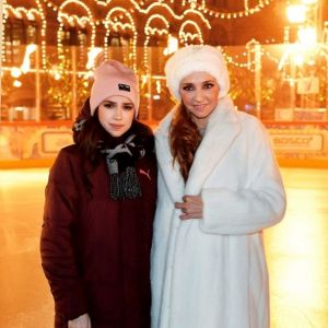 Подробнее: Навка с Загитовой станцевали на Красной площади фрагмент из нового мюзикла