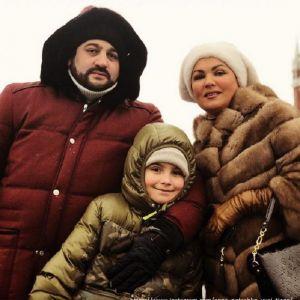 Подробнее:  Анна Нетребко с мужем рассказали о своем особенном ребенке