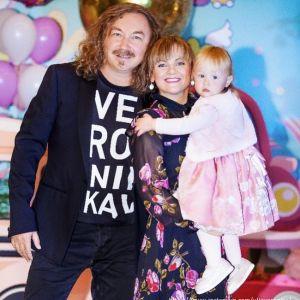 Подробнее: Игорь Николаев с Юлией Проскуряковой организовали в Барвихе вечеринку для дочери Вероники