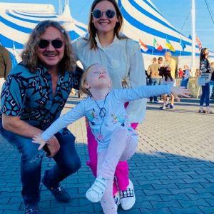 Подробнее: Игорь Николаев взял 4-летнюю дочь с собой на гастроли
