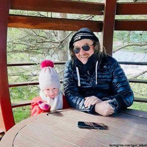 Подробнее: Игорь Николаев показал, как проводит время с 4-летней дочкой на карантине