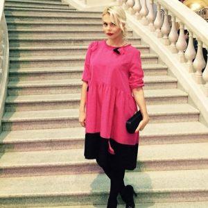 Подробнее: Экс-участница группы «Блестящие» Ксения Новикова вышла замуж