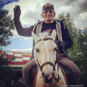 Подробнее: Иван Охлобыстин за шутку едва не поплатился жизнью