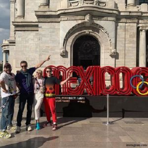 Подробнее: Кристина Орбакайте отправилась в Мексику в компании мужа, сына и бывшего отчима