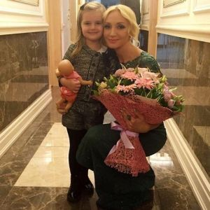 Подробнее: Кристина Орбакайте собрала весь бомонд на день рождения дочери (видео)