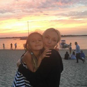 Подробнее: Кристина Орбакайте с младшими детьми улетела отдыхать в Америку