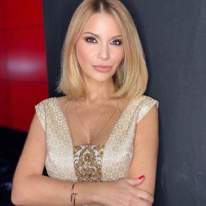 Подробнее: Ольга Орлова показала шикарный бюст в открытом платье