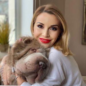 Подробнее: Ольга Орлова показала, как завтракает с собакой за одним столом