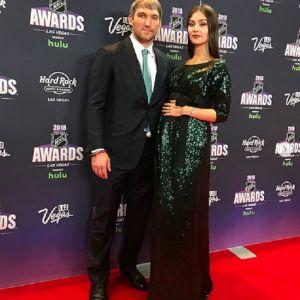 Подробнее: Жена Александра Овечкина в честь небольшого юбилея поделилась фото с сыном