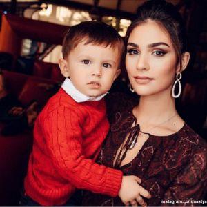 Подробнее: Анастасия Шубская поделилась семейными кадрами с 2-летия сына Сережи