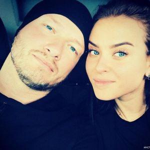 Подробнее:  Никита Панфилов в очередной раз женился