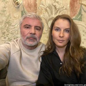 Подробнее: Сосо Павлиашвили показал, как поет дома с женой и дочерью