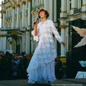 Подробнее: Эдита Пьеха рассказала о романе с Юрием Гагариным