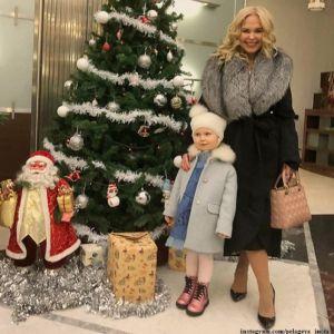 Подробнее: Пелагея показала забавные моменты из жизни «счастливой девочки» Таси в день ее 3-летия