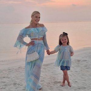 Подробнее: Пелагея показала, как отдыхает с дочерью на Мальдивах