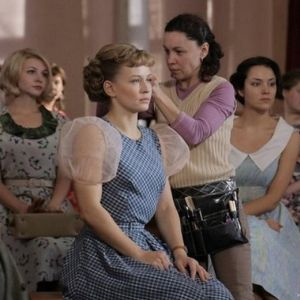 Подробнее: Юлия  Пересильд перевоплотилась в легенду советского кино