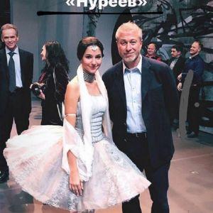 Подробнее: Абрамович, Пересильд, Навка и вся светская Москва пришла на балет «Нуреев»