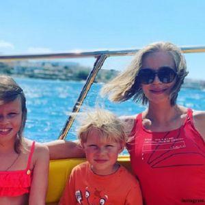 Подробнее: Юлия Пересильд показала, как провела время с дочерьми на Крите