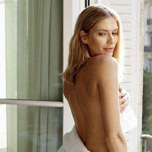 Подробнее: Елена Перминова поделилась фото в бикини