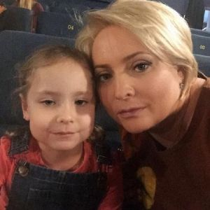 Подробнее: Светлана Пермякова поделилась фото подросшей дочери