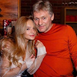Подробнее: Елизавета Пескова призналась, что ее отец должен был заболеть коронавирусом