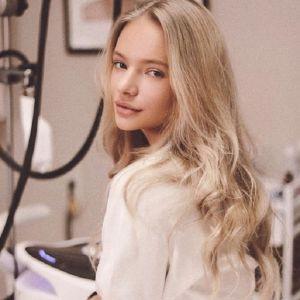 Подробнее: Елизавета Пескова поделилась детскими фото с отцом