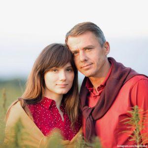 Подробнее: Игорь Петренко посвятил публикацию своим именинницам - жене и дочери