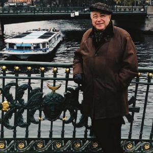 Подробнее: Елена Степаненко в элитной квартире, принадлежащей Евгению Петросяну, оборудовала SPA-центр