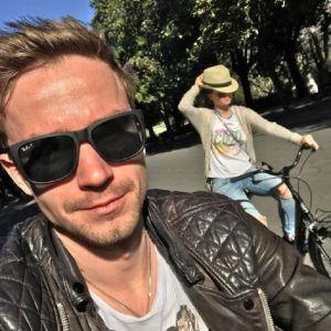 Подробнее: Александр Петров с Ириной Старшенбаум  устроили себе римские каникулы