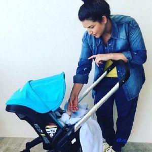 Подробнее: Певица Жасмин делится  успехами своего семидневного малыша