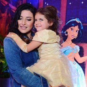 Подробнее: Жасмин спела с дочкой на дне рождения (видео)