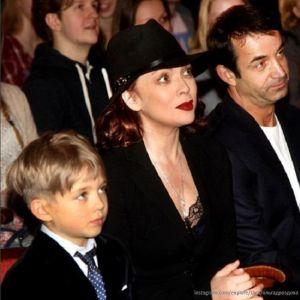 Подробнее: Десятилетний пианист - сын Певцова и Дроздовой покорил публику в Грузии