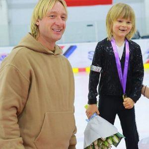 Подробнее: Сын Евгения Плющенко выиграл золото со скандальным номером