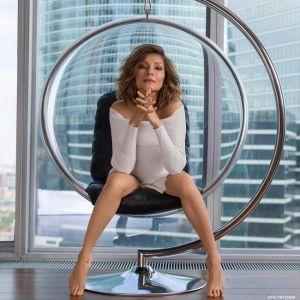 Подробнее: Елена Подкаминская уже возвращается на сцену