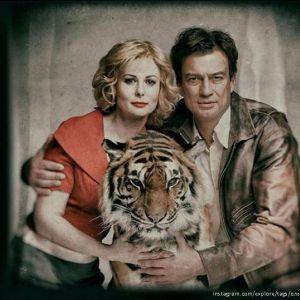 Подробнее: Ольга Погодина не побоялась войти в клетку с тиграми