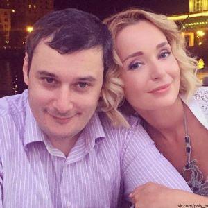 Подробнее: У Поли Поляковой и Александра Хинштейна грядет пополнение в семействе